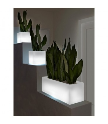 jardinera con luz Mini Kube cassetta light